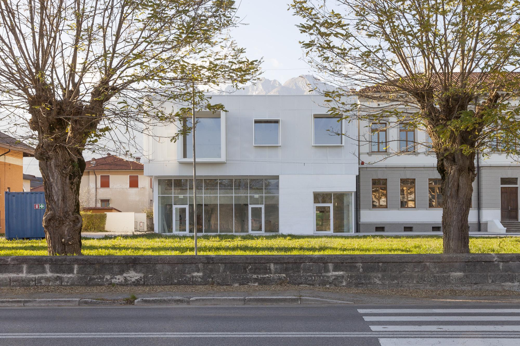 Andrea Bosio - Fotografia architettura - Sbarch - Sedico - Luxottica